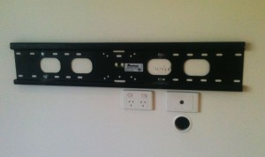 Flat wall mount bracket
